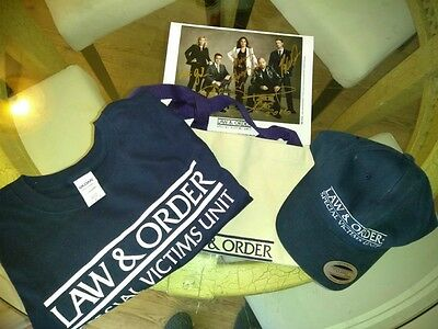 >> Law & Order SVU Mega Package With Signed 8x10 Included!