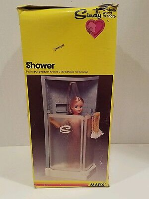 Vintage Marx Toy 1979 Sindy Doll Shower With Spray & Towel #1250