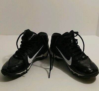 NIKE Boys cleats size 3 Youth Kids