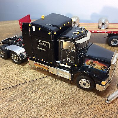 Peterbilt Semi Truck Model Plastic With Flatbed Trailer for Restore Parts AS IS