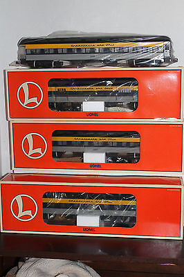 """Lionel #19087 C & O Heavy Weight 18"""" 4 Pack Passenger car Set"""