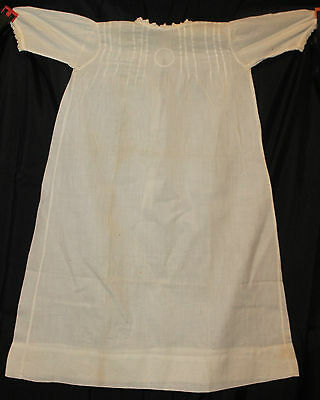 Lovely Fine White Cotton Lawn Fabric Pintuck Bodice & Lace Victorian  Baby Gown