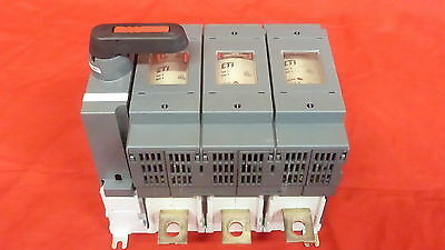 Abb Os-250D03 Fused Disconnect Switch 690V 250A Fuses Included (7C4)