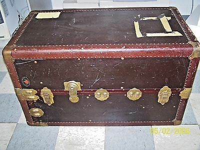 Antique Holden Trunk & Bag Co. Steamer Wardrobe Petersburg, VA. Pat Date 3-8-21