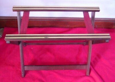 FOLDING SUITCASE STAND 2 STRAPS length 66 cm Width 32 cm Height 50 cm