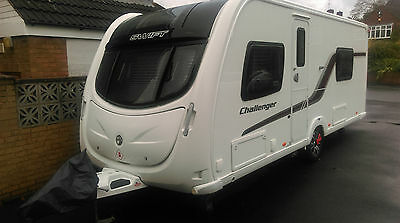 Swift Challenger 565 Touring Caravan With Fixed Single Beds & Motor Mover