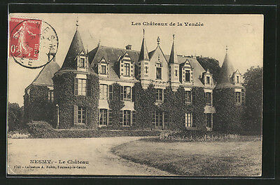 remarquable CPA Nesmy, Le Château