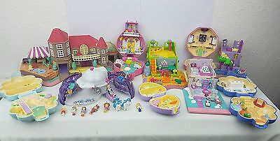 polly pocket bundle 10  × Mix Cases , Compacts . Houses and some figures