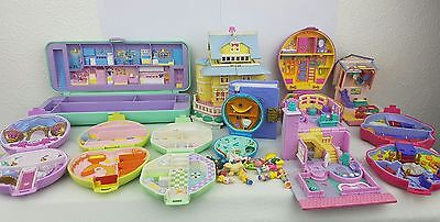 polly pocket bundle 11 × Mix Cases , Compacts . Houses some figures