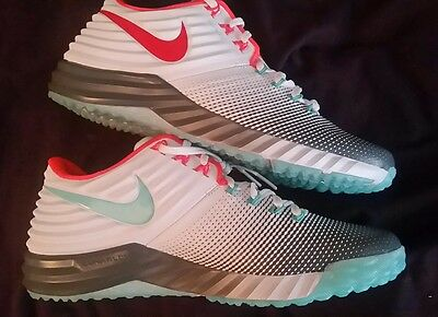 NEW $120 NIKE LUNAR TROUT 2  BASEBALL TURF TRAINERS SHOES  size men's 9