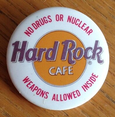 No Weapons Allowed Hard Rock Cafe Pin Badge Rare Authentic (D5)