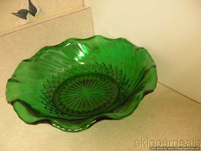 "Anchor Hocking Forest Green Swirl Bowl Scalloped Edge 6.5"" Perfect"