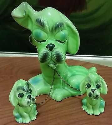 Vintage Dog & Puppies Figurines: Mama Dog w 2 Pups on Chains COOL RETRO GREEN!