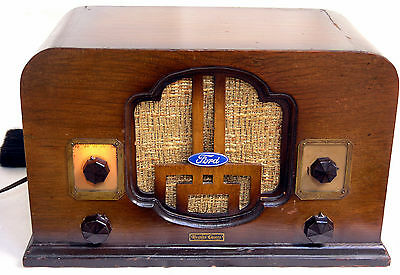 Western Chimes Cawood Antique Tube Radio Powers Up Great Wood Cabinet Ford Label