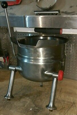 Cleveland 6 Gal Tilting Steam Kettle Model# KDT-6T