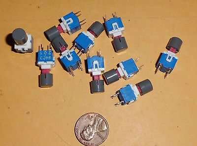 Lot of 10 On/Off Push Button PCB Mounting Switches C/W Top