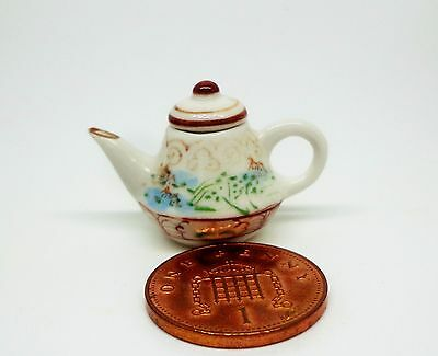 1:12  Traditional Ceramic Teapot Dolls House Miniature Drink Accessory