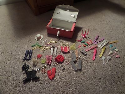 vintage vinyl small barbie/doll case w/barbie accessories (must see)