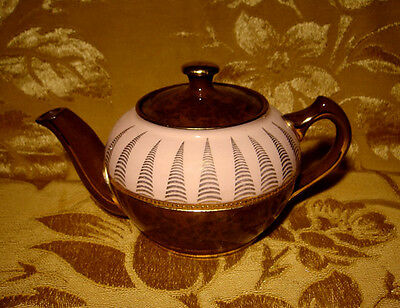VINTAGE SADLER BROWN TEAPOT with PINK BAND #2399JE