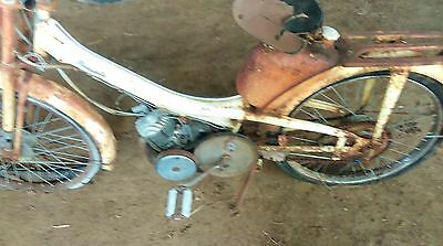 ancienne mobylette motoconfort av 44 1960,scooter,moto,cyclo,peugeot