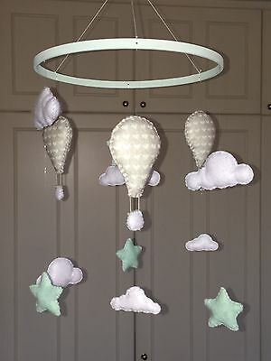Hanging nursery mobile crib cot decoration pastel mint hot air balloon cloud sta