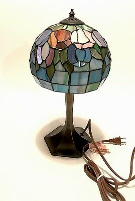 """Tiffany Style  Lamp Stained Glass Victorian Art 2-Light 17"""" Tulip Hand Made USA"""