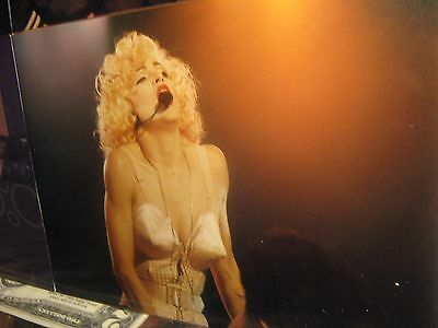 MADONNA RARE LIVE ACTION CONCERT PIC, near mint