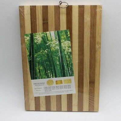 New24 x 34 x 1.8cm Large Sealed Stripe Kitchen Bamboo Cutting Board with Hanger
