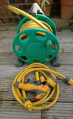 Hozelock Compact 16m Hose Reel With Accessories/Connectors - Bristol Collection