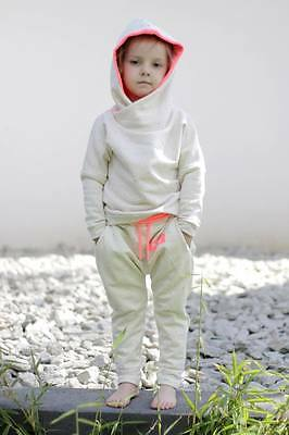 Very Comfortable Brand New Tracksuit for Girls Holo Kids Size 6-7