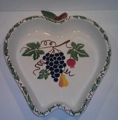 "Chaparral Stoneware USA Pottery Apple Shaped Baking or Serving Dish, 11"" x 10"""
