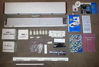 Toyota KS950 Knitting Machine with accessories and table (Freepost included)