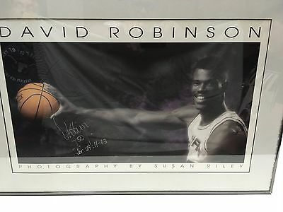 San Antonio Spurs David Robinson Autographed Framed Photo.