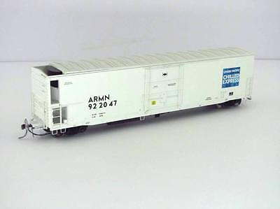 Athearn RTR HO 57' Mechanical Reefer Union Pacific ARMN #922047 with EOT