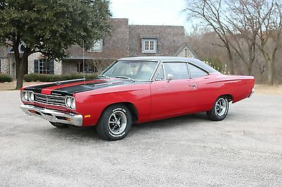1969 Plymouth Road Runner  1969 Plymouth Road Runner **NUMBER MATCHING** power steering ~FACTORY TACH~