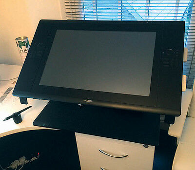 Wacom 24HD Touch Graphics Tablet