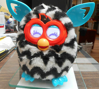 Hasbro original Furby Chatterbox Interactive TickleToy,watch it wiggle.. weally!
