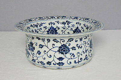 Chinese  Blue and White  Porcelain  Basin  With  Mark     M1449