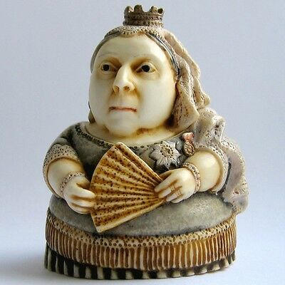 Queen Victoria - Pot Bellys - NIB - Historical Box Figurine Martin Perry Studios