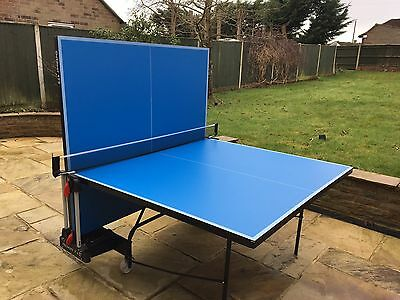 Table tennis table (outdoor)