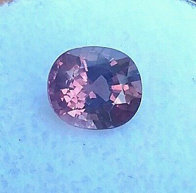 1.80ct. MAHENGE SPINEL,EYE POPPING BUBBLE GUM, FLUORESCENT IN U.V-No treatments