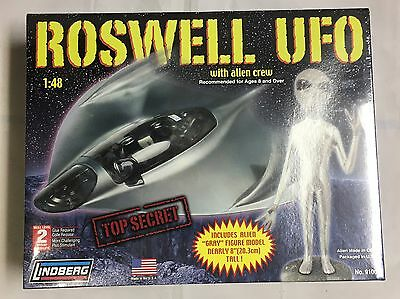 "Lindberg 1/48 Scale Ufo Alien Crew Kit Roswell Top Secret With 8"" Gray Alien"