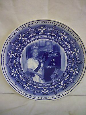 WEDGWOOD COMMEMORATIVE PLATE  50th ANNIVERSARY OF THE QUEENS CORONATION