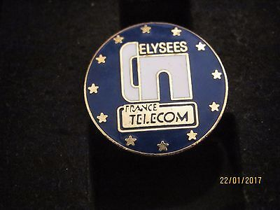 "Pin's /pins / Badge  La Poste France Telecom ""  France Telecom Elysees "" Fraisse"