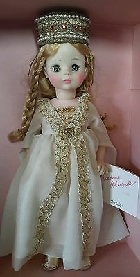 """MADAME ALEXANDER  DOLL ISOLDE in box 14"""""""