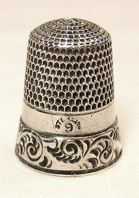 Antique Simons Brothers Sterling Silver Thimble  Acanthus Leaf Pattern