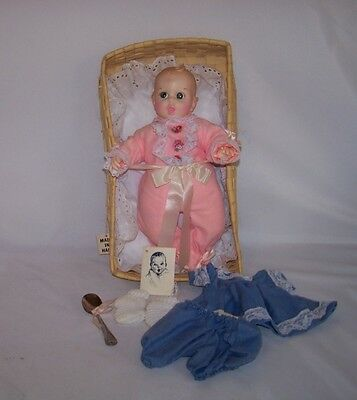 """1979 Atlanta Novelty Gerber Baby Doll 12""""  Moving Eyes Outfit Spoon Booties"""