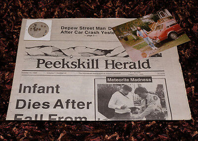 Peekskill Car Smasher Meteorite Kit - Original Newspaper & Fragments