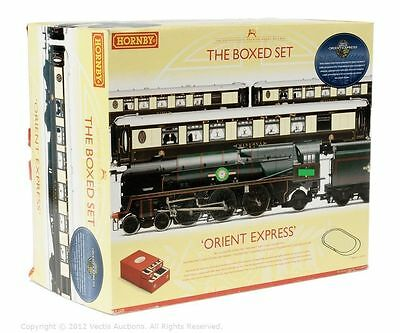 Hornby PREMIER BOXED SET with substitute M/Navy 35023 Holland-Afrika Line SOUND