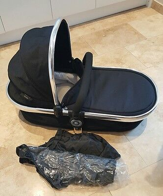 Icandy peach 2 carrycot black magic with rain cover